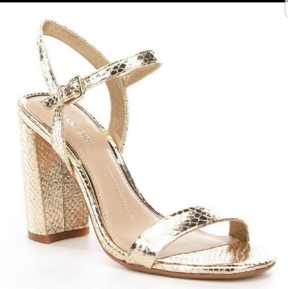 84c4403be8c Gianni Bini Shoes - Gianni Bini the Mckaria Metallic gold SZ 6M